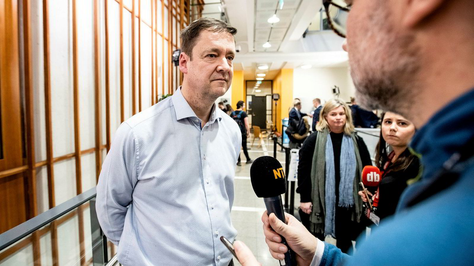 Advokat John Christian Elden har bekreftet at han representerer den siktede samboeren til justisministeren.