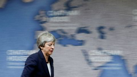 Theresa May kaller inn til krisemøte om Iran som noe av det siste hun gjør som statsminister før hun går av onsdag.