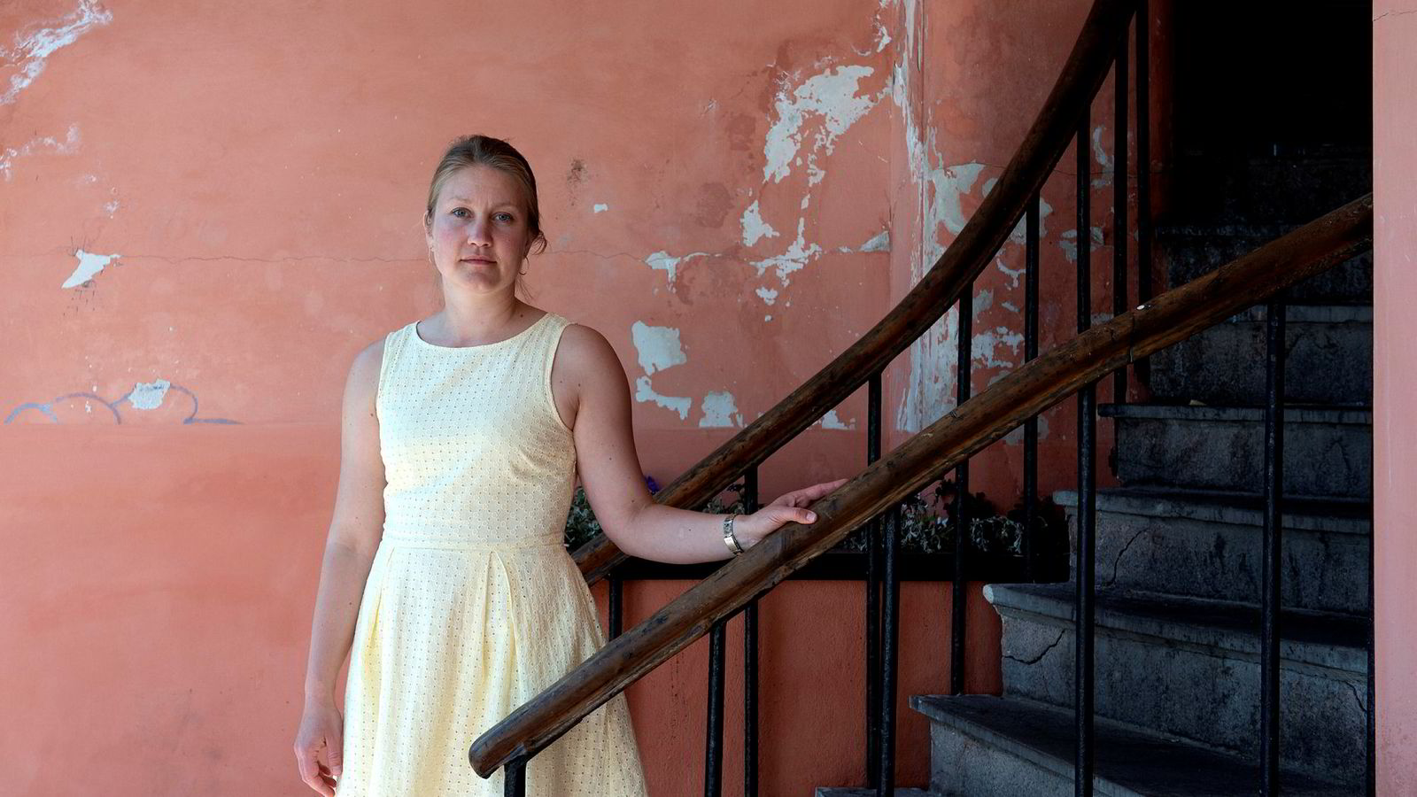 Tina Storsletten Nordstrøm, advokat i juridisk avdeling i LO, representerer den nå 22 år gamle kvinnen som gikk til erstatningssøksmål mot sin arbeidsgiver.