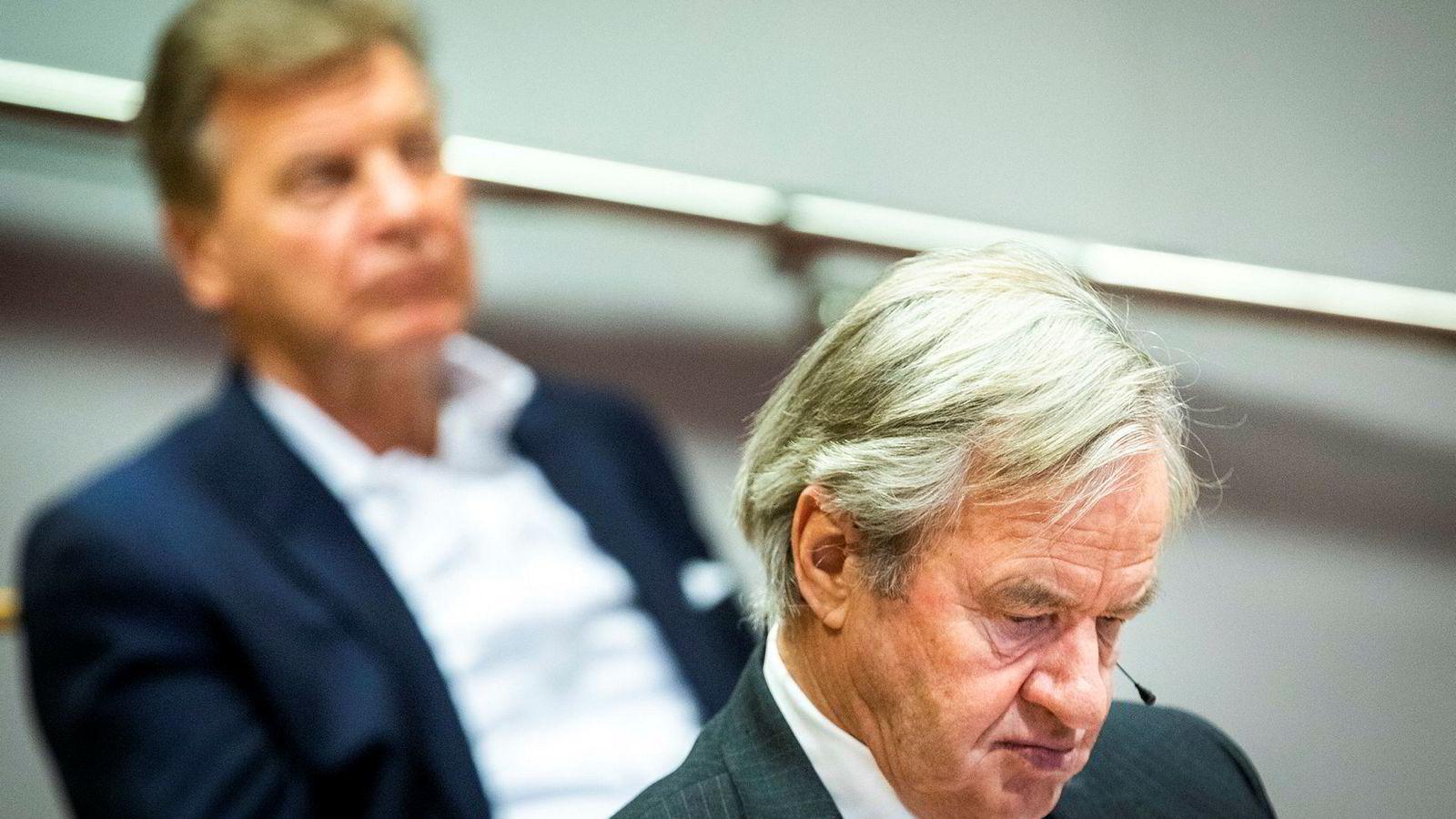 Bjørn Kjos, til høyre, og Bjørn H. Kise sitter på store verdier i Norwegian.