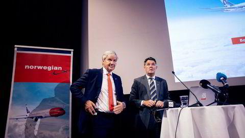 Største eier Bjørn Kjos (fra venstre) og midlertidig toppsjef Geir Karlsen i Norwegian går mot et avgjørende møte mandag for å få långiverne til å godta en økonomisk redningsplan.