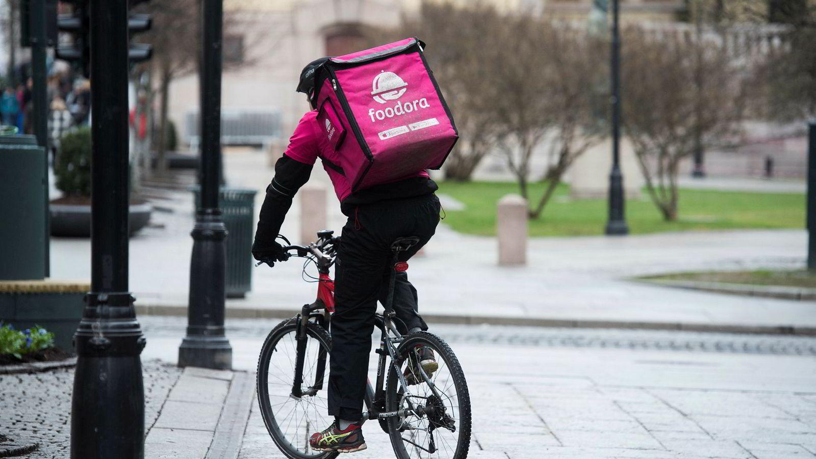På starten av året fikk Foodoras rosa sykler selskap av rosa biler i bybildet i Oslo.
