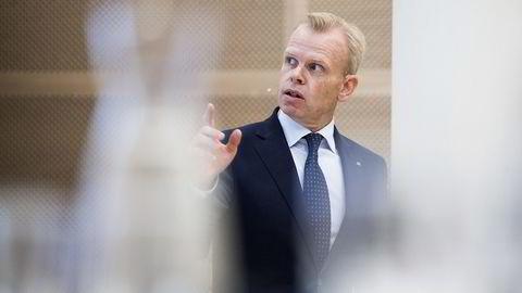 Arkivbilde. Svein Tore Holsether, konsernsjef i Yara International ASA, legger fram resultater for 2. kvartal 2016 i selskapets lokaler i Oslo i juli.                   Foto: Jon Olav Nesvold /