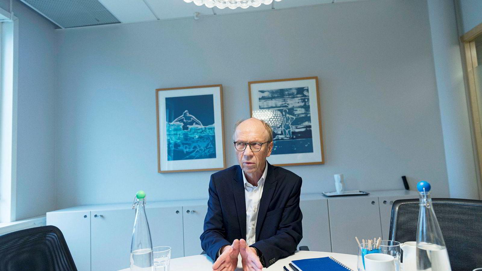 Knut Kjær, tidligere sjef i Oljefondet, slår alarm om styringen av fondet.