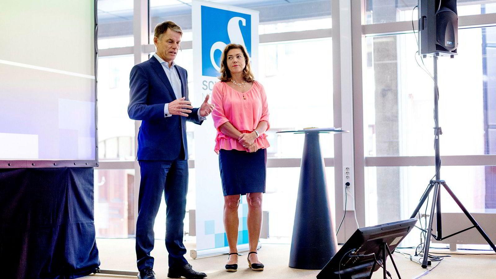 Konsernsjef i Schibsted Kristin Skogen Lund presentert konsernets resultat for andre kvartal 2019. Til venstre: finansdirektør Trond Berger.