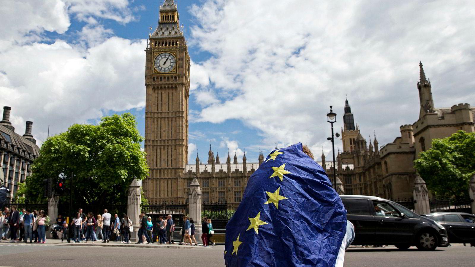 I forberedelsene til en mulig hard brexit 31. oktober gikk den britiske regjeringen nylig inn for umiddelbar stans i fri ferdsel over grensen for EU-borgere så snart utmeldingen var et faktum. Nå gjør britene helomvending.