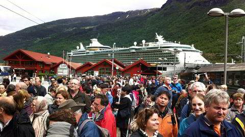 Forslaget om å kutte kraftig i statlige midler til profilering av Norge som reisemål, møter storm.