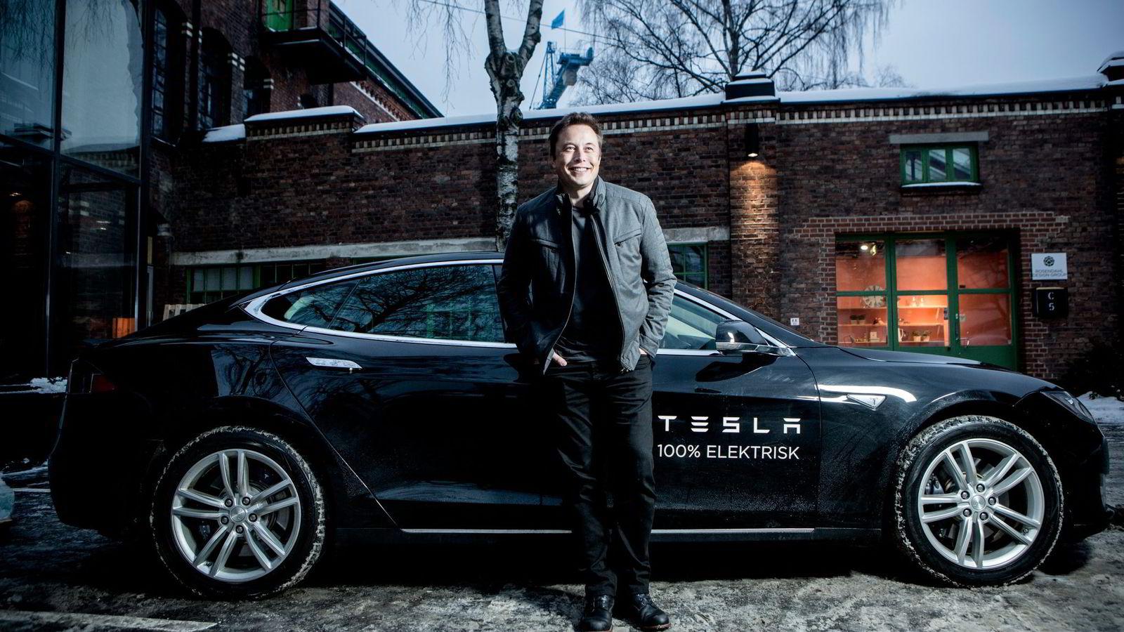 STOR OPPMERKSOMHET. Tesla-sjef Elon Musk på besøk i Norge for å møte norske Tesla-eiere.