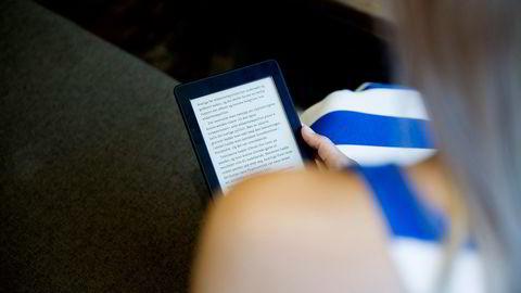 Det er flere grunner til at konkurransen fra engelskspråklige e-bøker er enda sterkere enn i bokmarkedet ellers; her finnes ingen forsendelseskost eller lang leveringstid. Og når prisnivået er lavere på engelskspråklige e-bøker, er svaret gitt, skriver artikkelforfatteren. Foto: Thomas Haugersveen