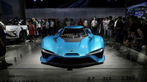 Avbildet er Nios elbil EP9 under en utstilling i Kina i august. Denne bilen kan akselerere fra 0–100 kilometer i timen på 2,7 sekunder.