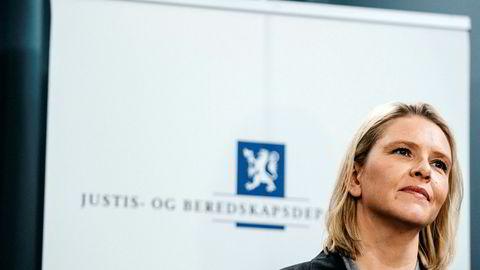 Sylvi Listhaug går av som justisminister.