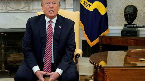 USAs president Donald Trump lar seg ikke skremme av underskudd og gjeld, og han har snudd opp ned på republikanernes økonomiske politikk.