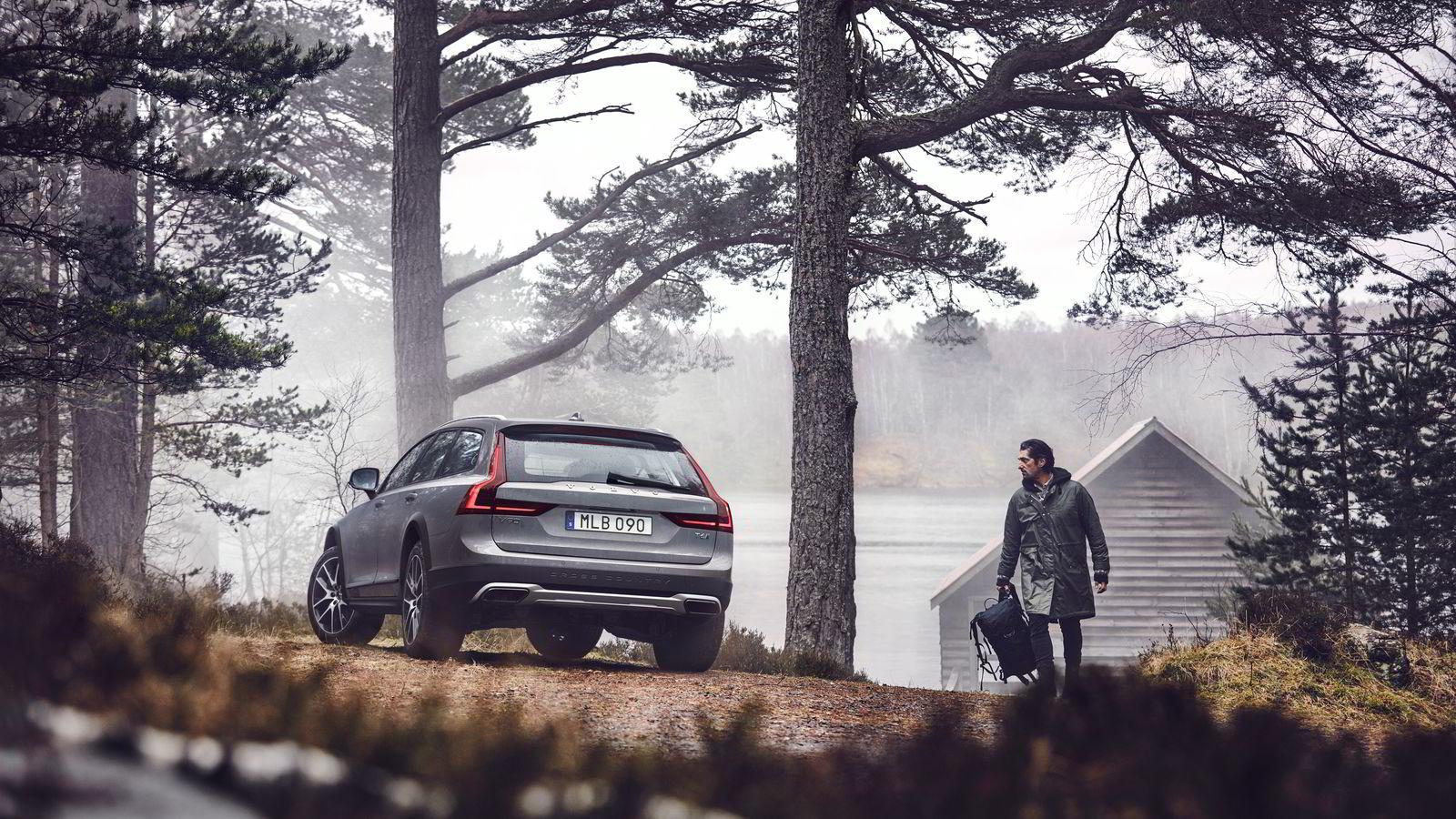 Volvo er opptatt av sine skandinaviske røtter, og viser det også på bildene av den nye V90 Cross Country. Alle foto: Volvo