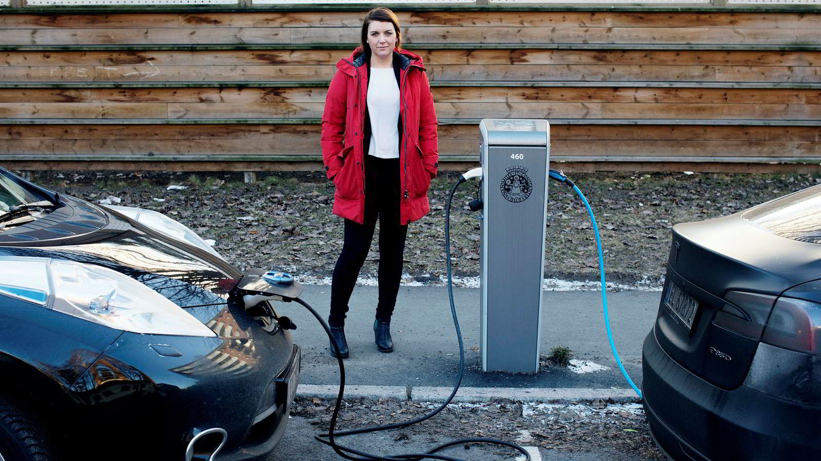 – Vi tror salget av førstegangsregistrerte elbiler vil øke kraftig i 2017 til opp mot 40.000 enheter, sier Christina Bu, generalsekretær i Elbilforeningen.