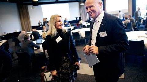 Statoils norgessjef Arne Sigve Nylund møtte blant annet Stavanger-ordfører Christine Sagen Helgø da han stilte på NHOs Solakonferanse mandag. Utbyttespørsmålene haglet. Begge foto: Tomas Alf Larsen