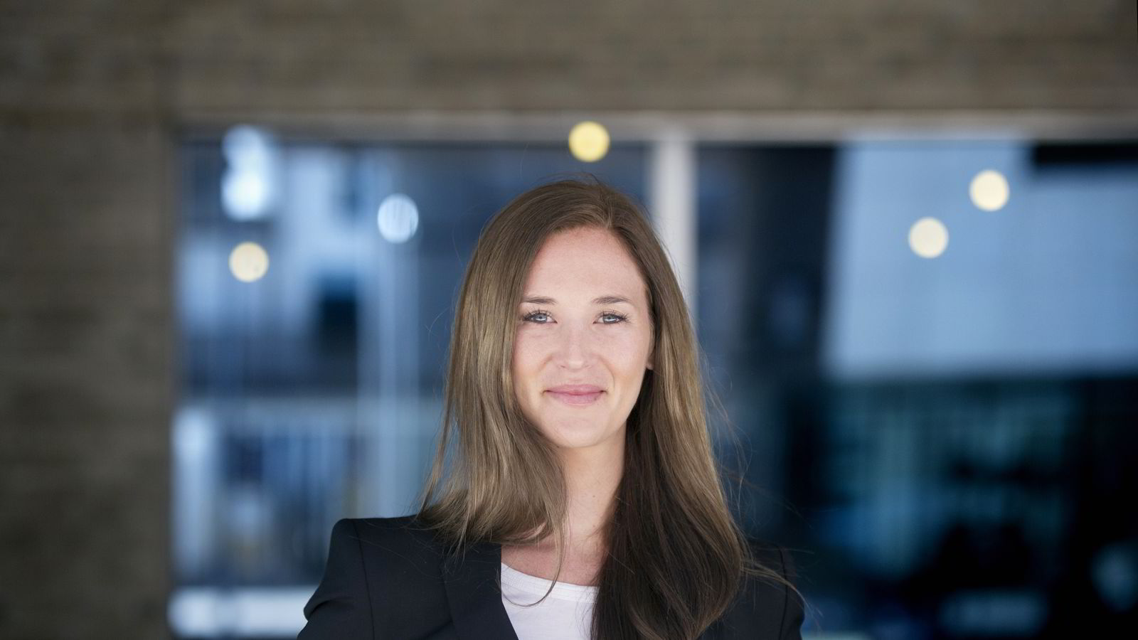 Det økte påslaget mellom styringsrenten og pengemarkedsrenten øker sannynligheten for lavere styringsrente i Norge, forklarer økonom Jeanette Strøm Fjære i DNB Markets.