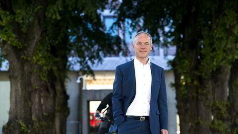 Kommunal- og moderniseringsminister Jan Tore Sanner venter at lokalpolitikerne tar ansvar for prosessen med kommunesammenslåinger. Foto: Per Ståle Bugjerde
