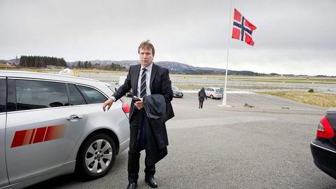 CHC-sjef Arne Roland mistet to av sine ansatte i Turøy-ulykken. Han legger ikke skjul på at spekulasjonene om årsaken til ulykken går inn på de ansatte. Foto: