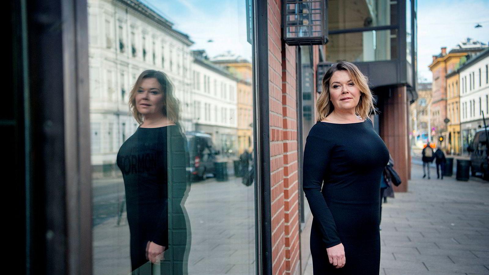 – Det som har skjedd gjør det ikke noe enklere å tiltrekke seg kvinner, men det gjør det heller ikke enklere å tiltrekke seg menn, sier Trine Larsen, hodejeger og partner i konsulentselskapet Hammer & Hanborg.