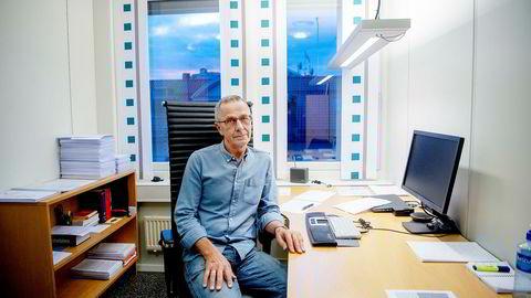 Adolf Larsen, sekretær i Fellesforbundet, er forskrekket over Dagbladet som arbeidsgiver.