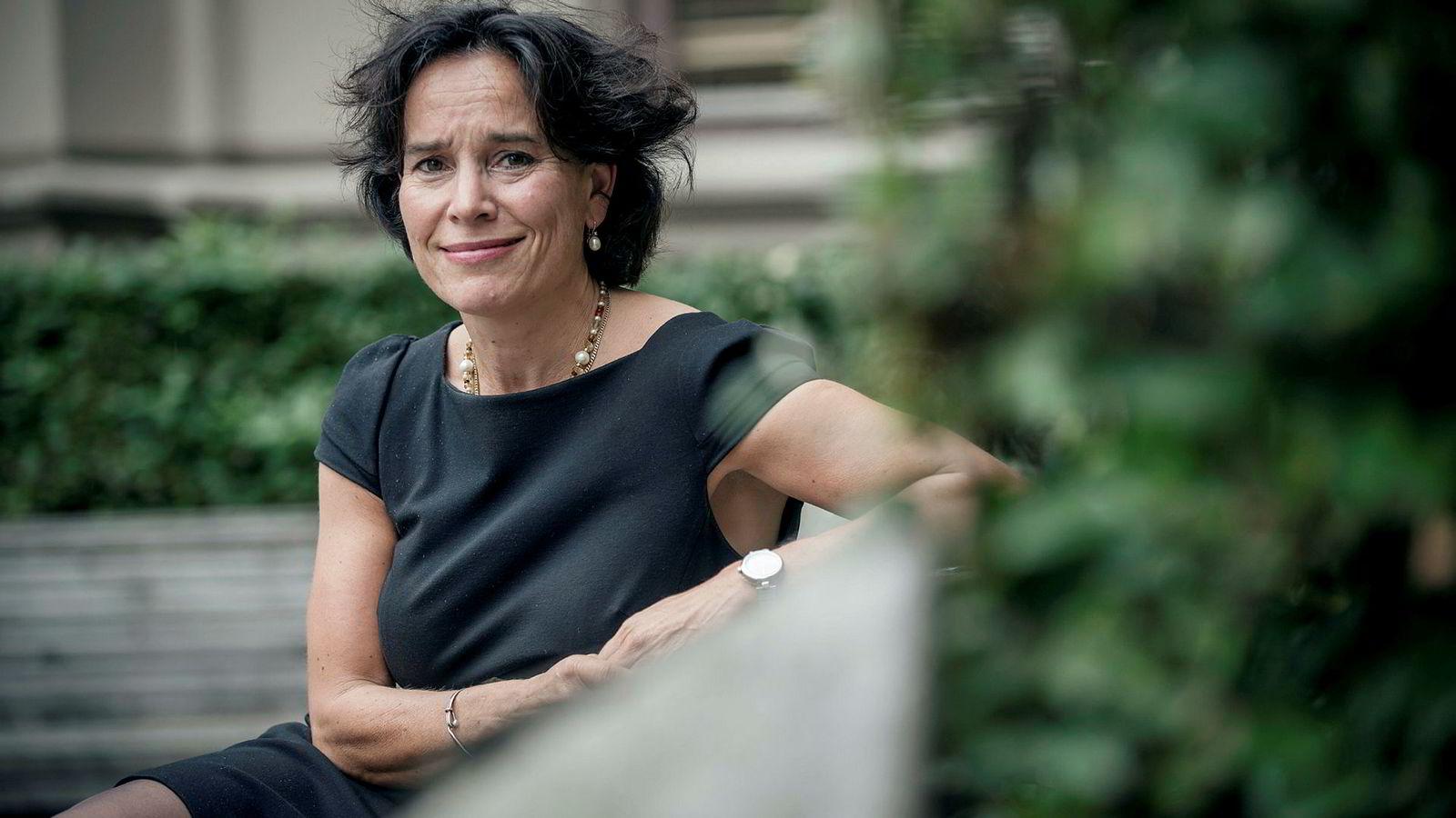 Forlagsdirektør Kari J. Spjeldnæs slutter i Aschehoug etter 15 år.