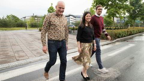 MDGs varaordfører Ola Lund Renolen i Trondheim er inspirert av Lan Marie Nguyen Berg og MDG for hva de har fått til politisk i Oslo. Nå går han inn for et strammere politisk samarbeid i Trondheim etter valget. Her sammen med Thor Haakon Bakke (t.h.) fra MDG i Bergen under landsmøtet i mai.