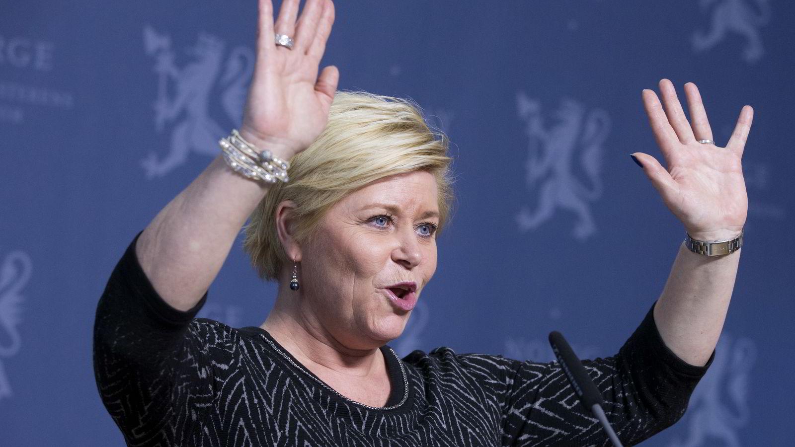Siv Jensen blir første finansminister som tar ut penger fra Oljefondet. Arkivfoto: Håkon Mosvold Larsen /