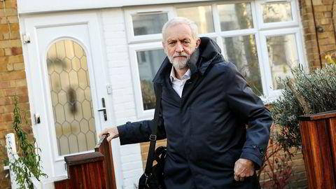 Labour-leder Jeremy Corbyn har fått mye kritikk for å ikke ta et oppgjør med påstått lefling med antisemittiske holdninger i partiet.
