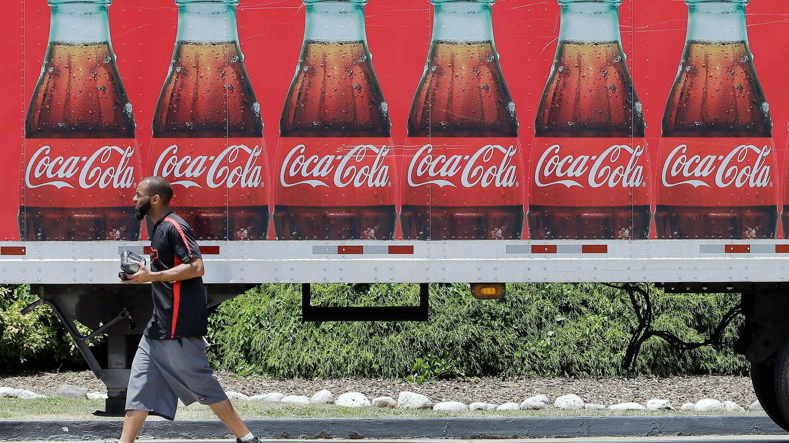 Coca-Cola er nå et av flere store globale selskaper som gir innsyn i bedriftens plastforbruk.
