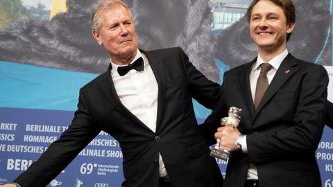 «Ut og stjæle hester mottok Sølvbjørn for beste foto under Berlin internasjonale filmfestival tidligere i år. Her regissør Hans Petter Moland (til venstre) og filmfotograf Rasmus Videbæk.