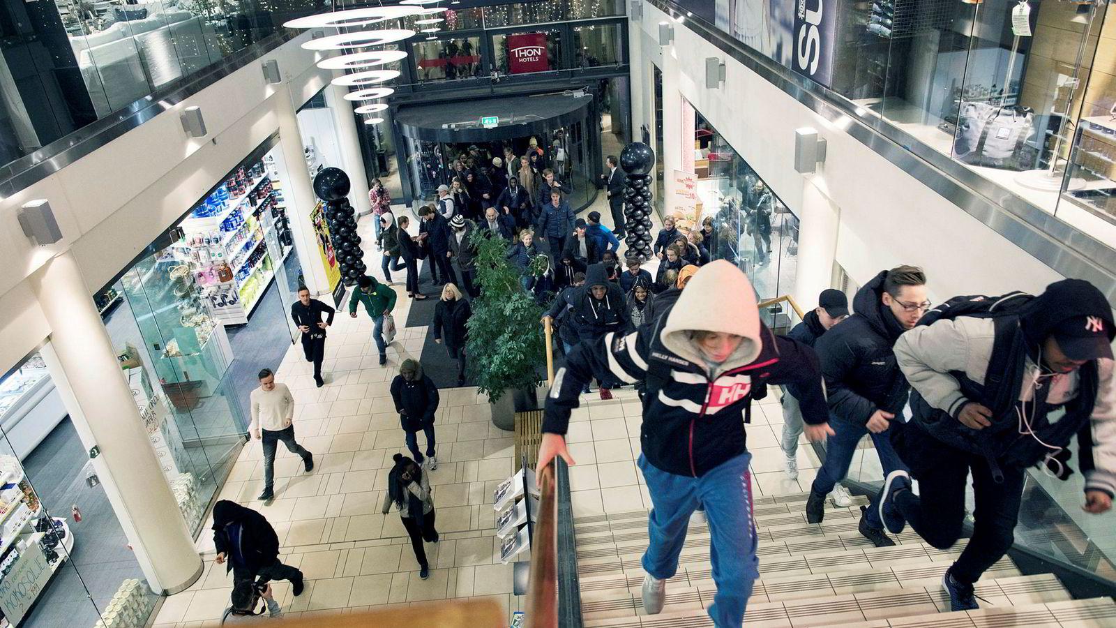 «Black Friday» i Sandvika - Sandvika Storsenter åpner dørene for publikum klokken sju på Black Friday i den nye delen av kjøpesenteret.