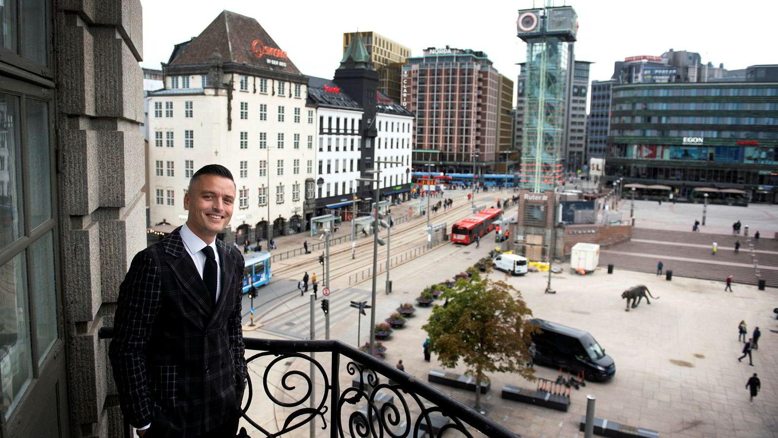 Hotelldirektør Wilhelm Hartwig på Petter A. Stordalens nye boutique-hotell Amerikalinjen midt i Oslo sentrum har hatt en langt bedre start enn ventet.