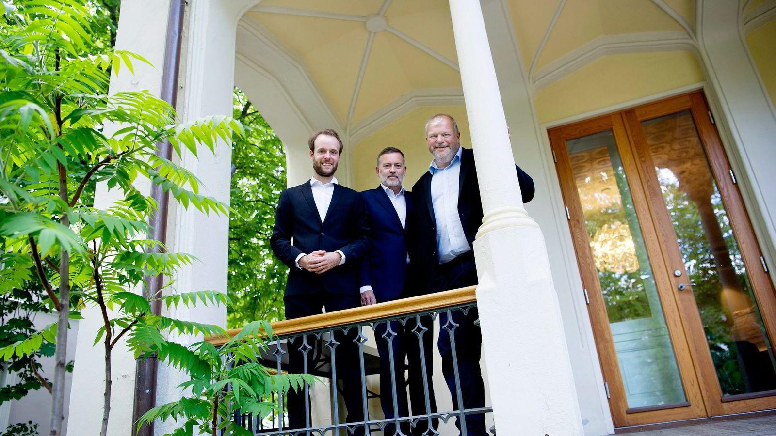 Marius Parmann (til venstre) og Bjarne Håkon Hanssen (til høyre) meldte overgang fra First House til Jan-Erik Larsens byrå Kruse Larsen før sommeren. Med på lasset blir også kunden Coop.