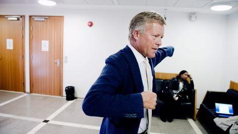 Advokat Bjørn Stordrange stiller seg meget kritisk til Økokrims tiltale mot tidligere Funcom-topper. Foto: Fartein Rudjord