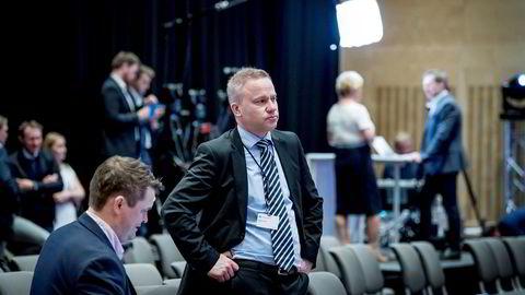 Resett-redaktør Helge Lurås (til høyre) avbildet under Frp-landsmøtet tidligere i år. Her sammen med redaksjonssjef i Resett, Lars Akerhaug.