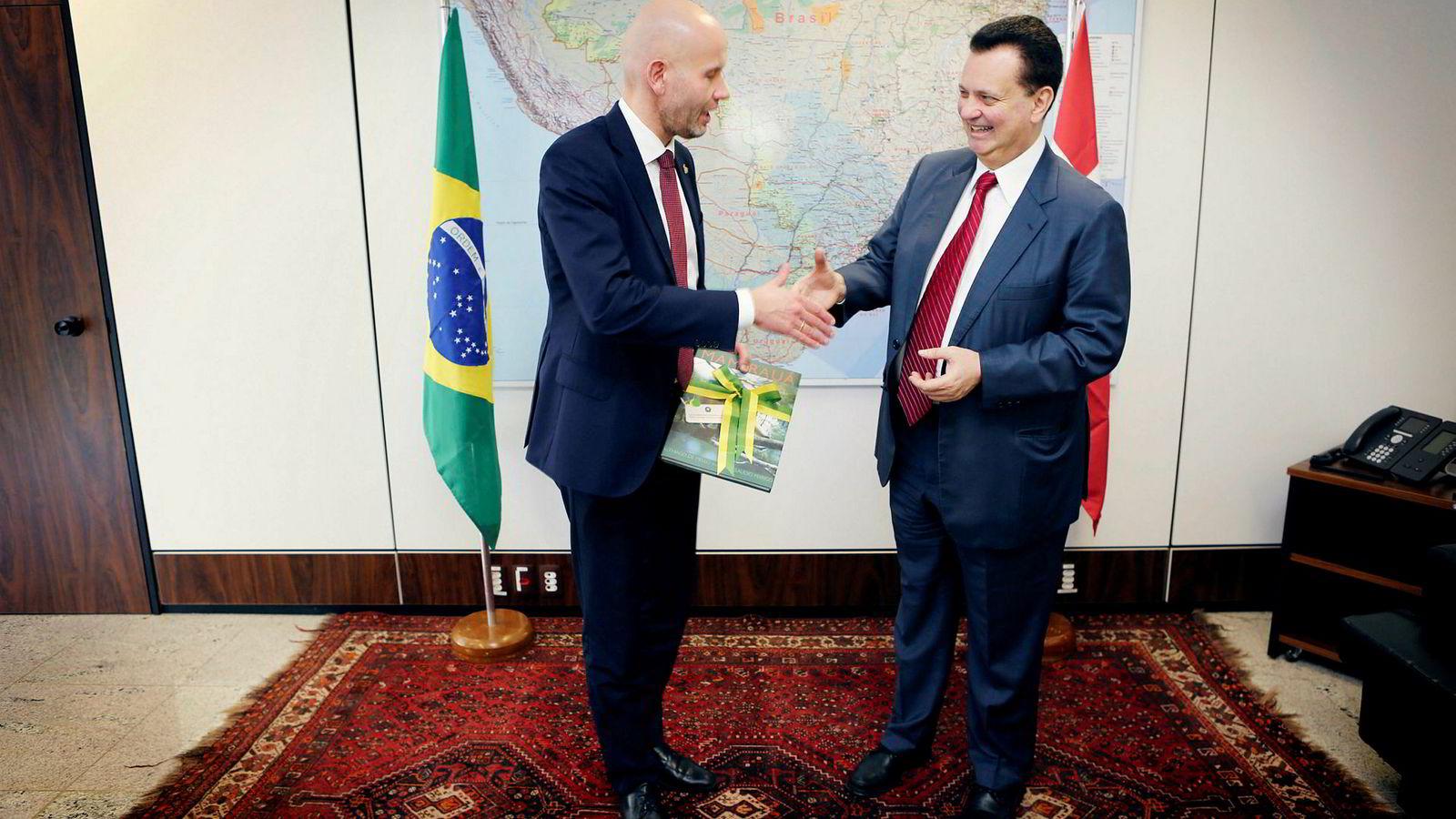 Olje- og energiminister Tord Lien er entusiastisk for norske Brasil-muligheter etter at han i forrige uke møtte sin brasilianske motpart Gilberto Kassab, minister for vitenskap og teknologi, i Brasília.