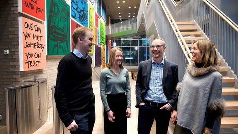 – Vi får en av verdens beste plattformbyggere og en fremoverlent bank på laget, sier Geir Atle Bore (fra venstre), daglig leder Fundingpartner, her med Vilde Krogsrud, ansvarlig for kredittvurderinger i Fundingpartner og hans nye investorer, Rune Røsten i Schibsted Growth Norge og Karen Elisabeth Ohm Heskja, leder for DNB Ventures.