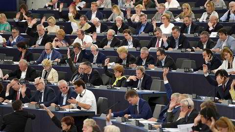 I dag skal EU-parlamentet stemme over de omstridte reglene om opphavsrett på interett.