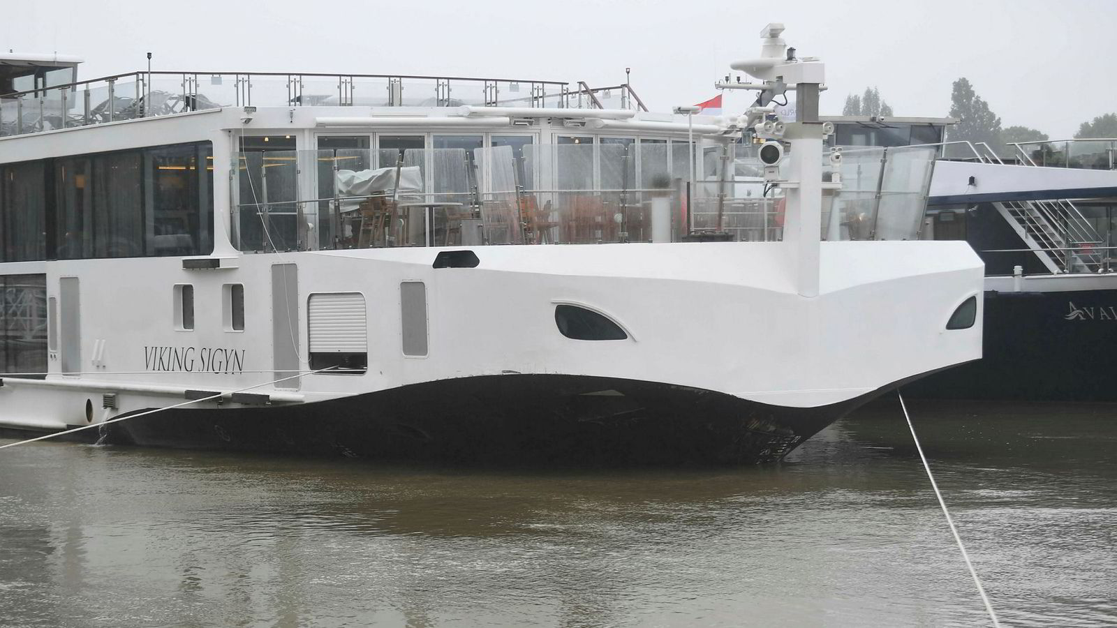 Viking Sigyn ligger her til havn i Budapest etter ulykken på Donau.