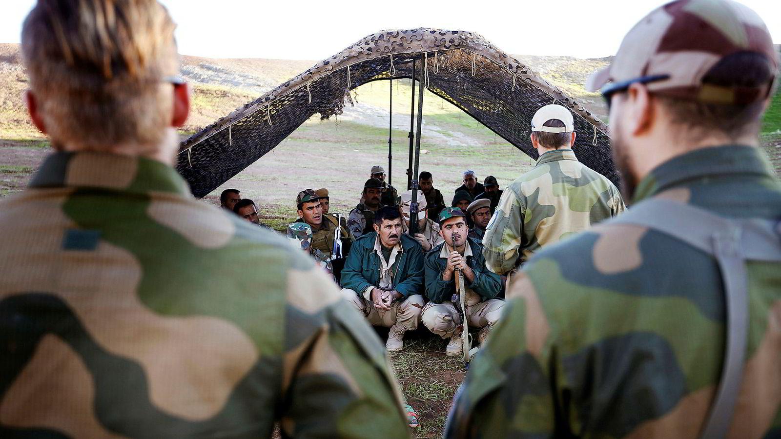 Høsten 2016 trente soldater fra Telemark bataljon opp den kurdiske peshmergaen i Erbil i Nord-Irak for å være rustet mot Den islamske stat.