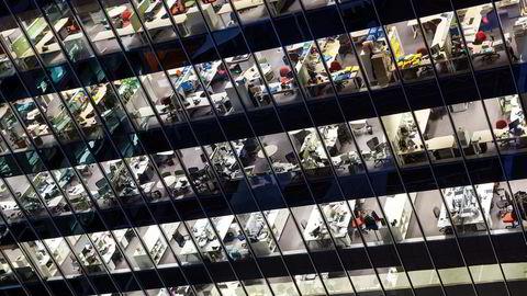 Det er ikke til å forstå at antall byråkrater fortsetter å øke, også under den nåværende Høyre/Frp-regjeringen, skriver artikkelforfatteren. Foto: Istock