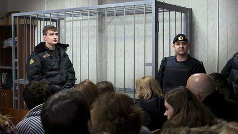 Den russiske mafiaen «vory» har fellestrekk med mafiaorganisasjoner vestlige lesere kjenner fra før.