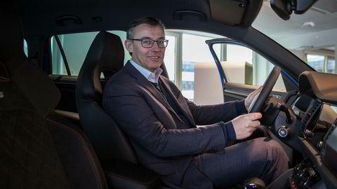 Alain Favey, som er styremedlem i Skoda, er i Norge for å lære mer om elbiler.
