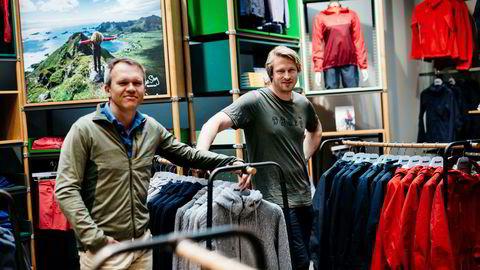 Fra venstre finansdirektør Jan-Martin Holmen og direktør Jan Tore Jensen i Bergans, som har snudd minus til pluss.