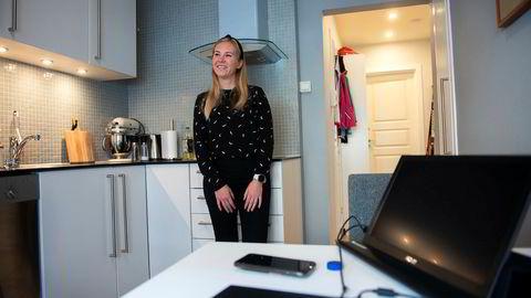 Charlotte Williksen Høiland (26) kjøpte sin første bolig i april i fjor. Siden har renten blitt satt opp to ganger.