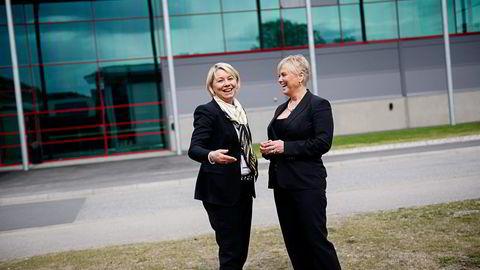 Statsrådene Monica Mæland (til venstre) og Thorhild Widvey skal etablere et nytt bransjeråd for kulturnæringen. Aps nestleder Trond Giske mener statsrådene kopierer den rødgrønne regjeringens ideer. Foto: Thomas Haugersveen