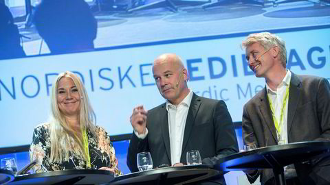 Discovery-sjef Tine Austvoll Jensen NRK-topp Thor Gjermund Eriksen og TV 2-boss Olav T. Sandnes møttes på Nordiske Mediedager 2017.