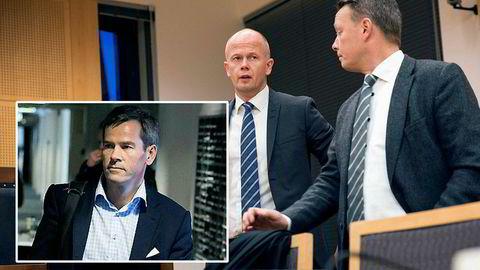 Ragnar Horns forsvarere Svein Holden, til venstre, og Jan Erik Teigum i domstolen. Ragnar Horn innfelt.