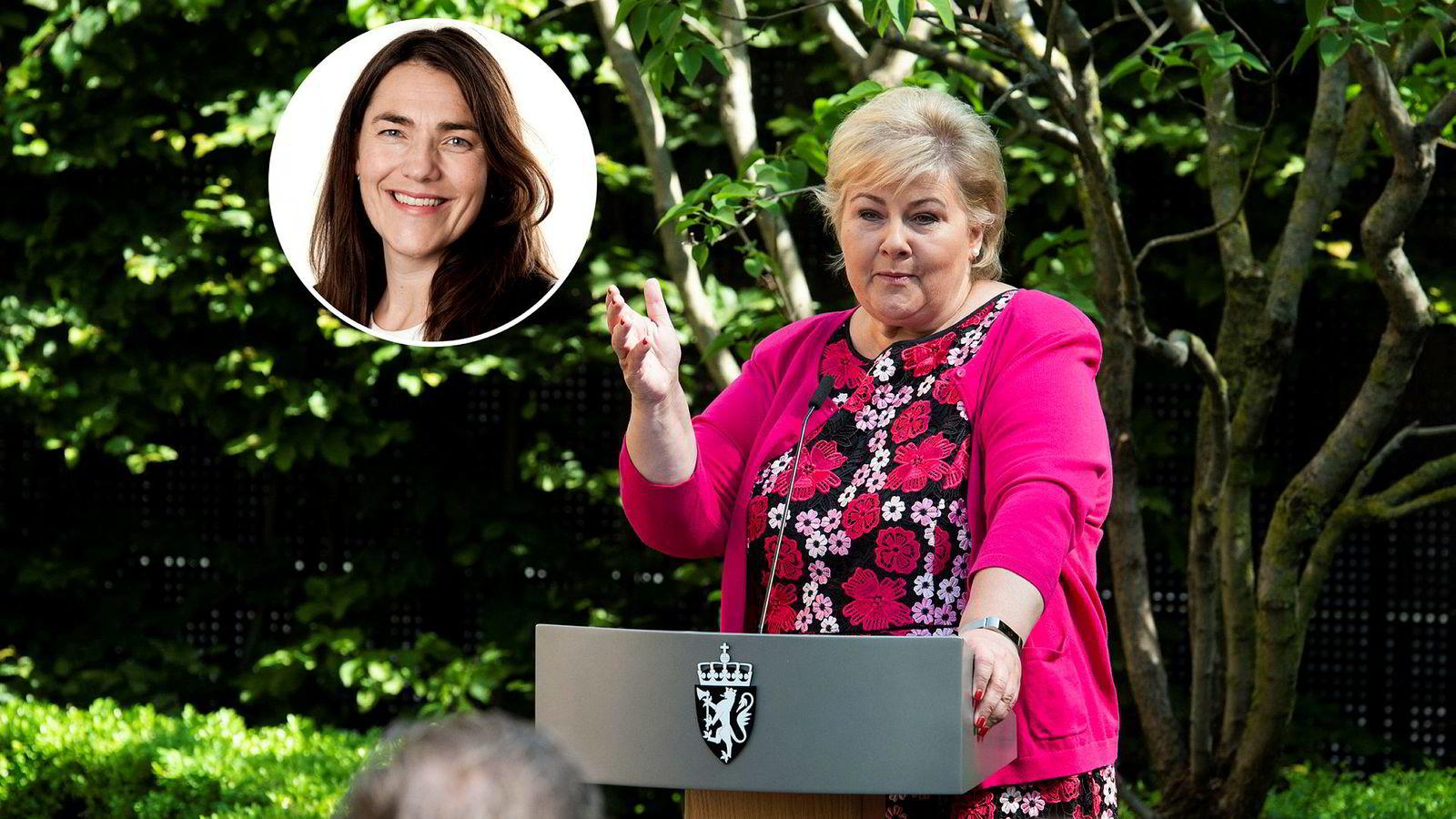 Erna Solberg (H) får ny kommunikasjonssjef ved Statsministerens kontor, Anne Kristin Hjukse (innfelt).