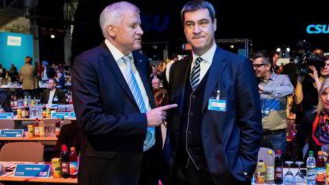 Veteranen Horst Seehofer (til venstre) tapte maktkampen mot Markus Söder i det kristeligdemokratiske partiet CSU i Bayern. Det kan forkludre de kommende regjeringsforhandlingene mellom Angela Merkel og sosialdemokratene.